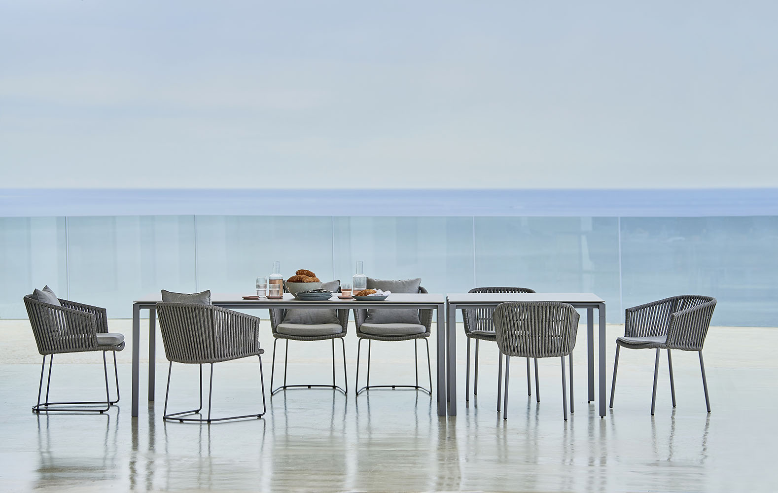 PURE Dining Table - Cane-line Collection - WGU Design Outdoor