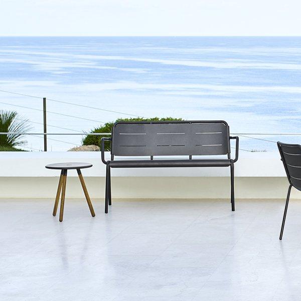 COPENHAGEN Bench w/armrest WGU Design