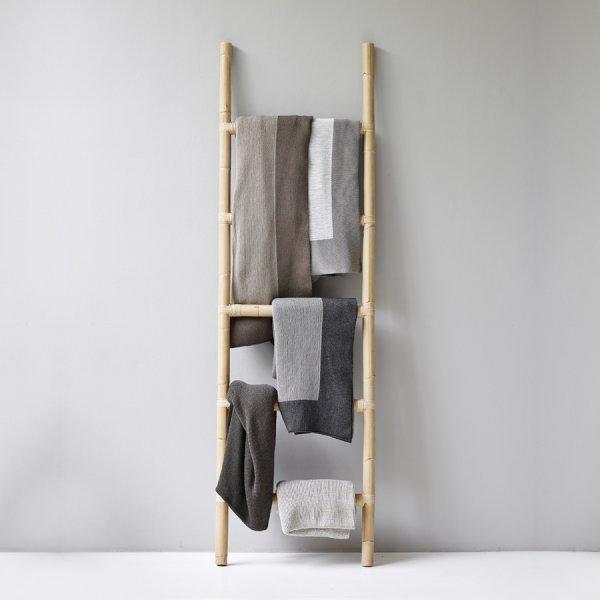 CLIMB Towel Ladder