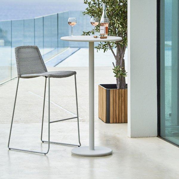 GO Bar Table - Cane-line Outdoor - WGU Design