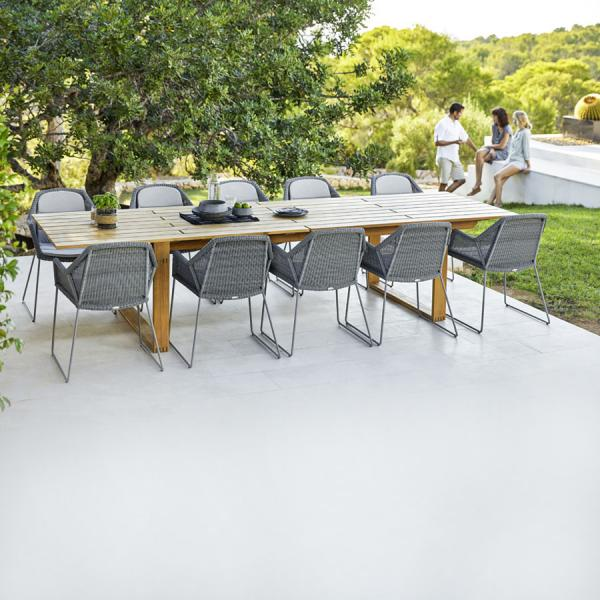 ENDLESS Dining Table - Cane-line Outdoor - WGU Design Collection