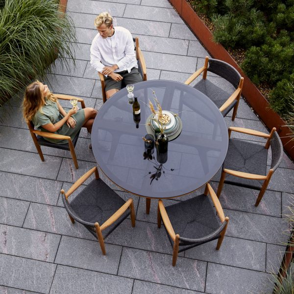 ASPECT Round Dining Table